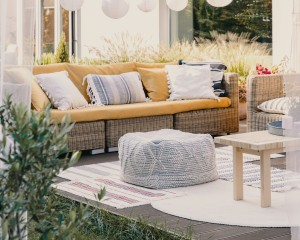 Modern and comfortable outdoor decor.