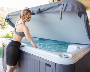 Why It's Essential to Have a Cover for Your Hot Tub